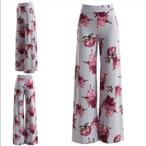 NWT Darling Flowing Flowery Pants